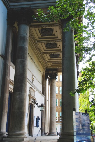 Pillars and architecture of London