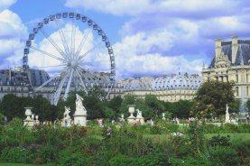 Statues in a garden by a festival in Paris