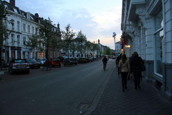 night_maastricht